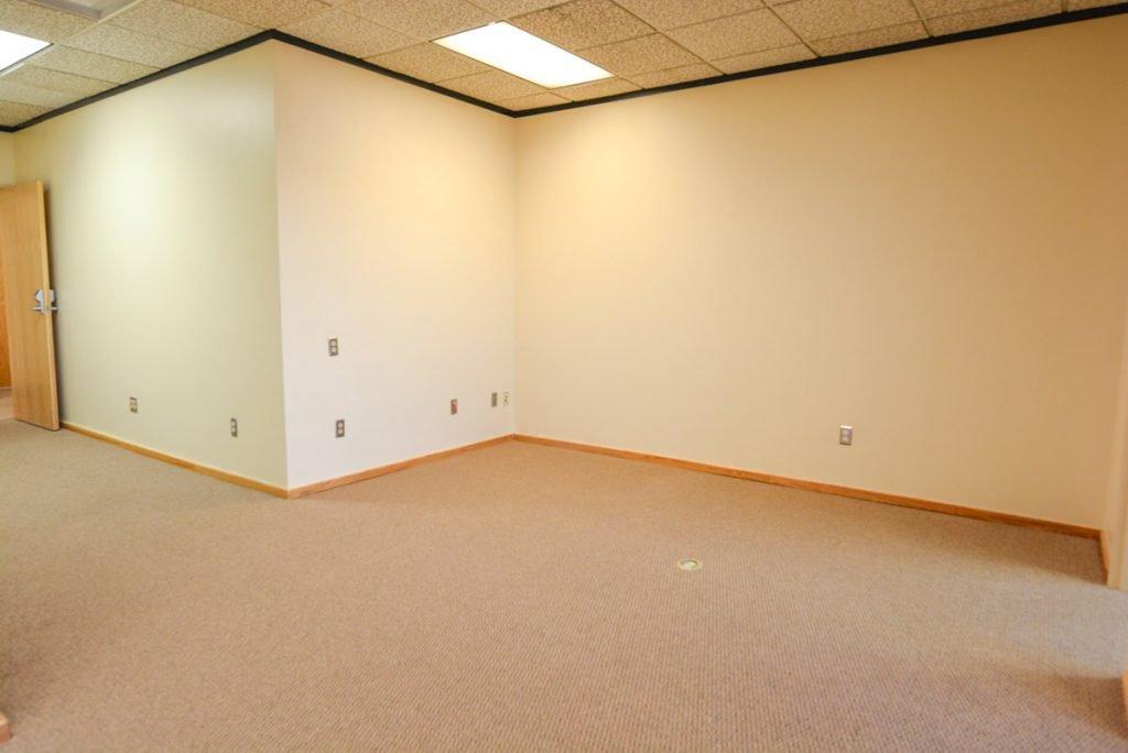 3003 Minnesota Dr Suite 304 - interior 9