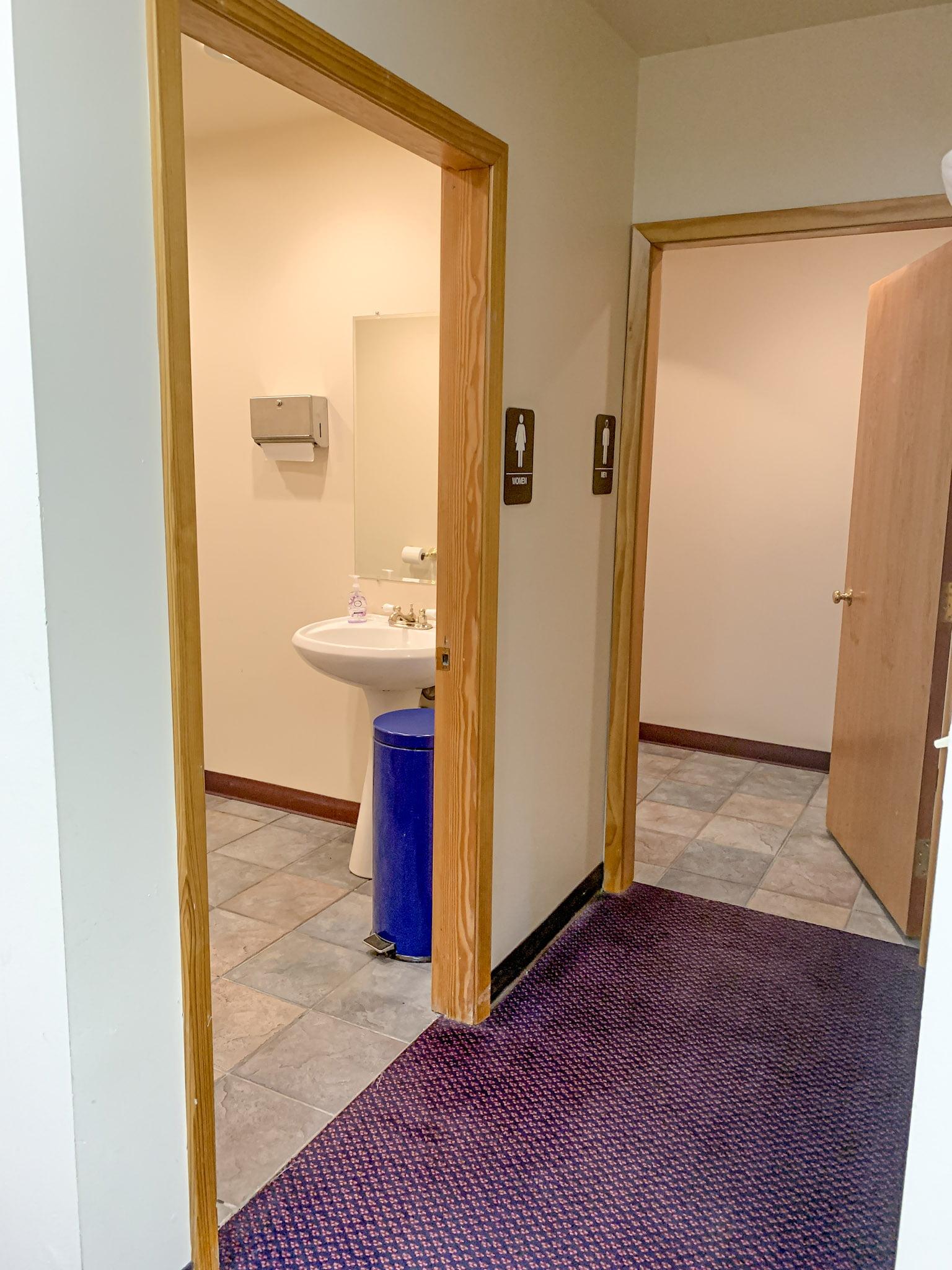921 W 6th Ave - interior 6