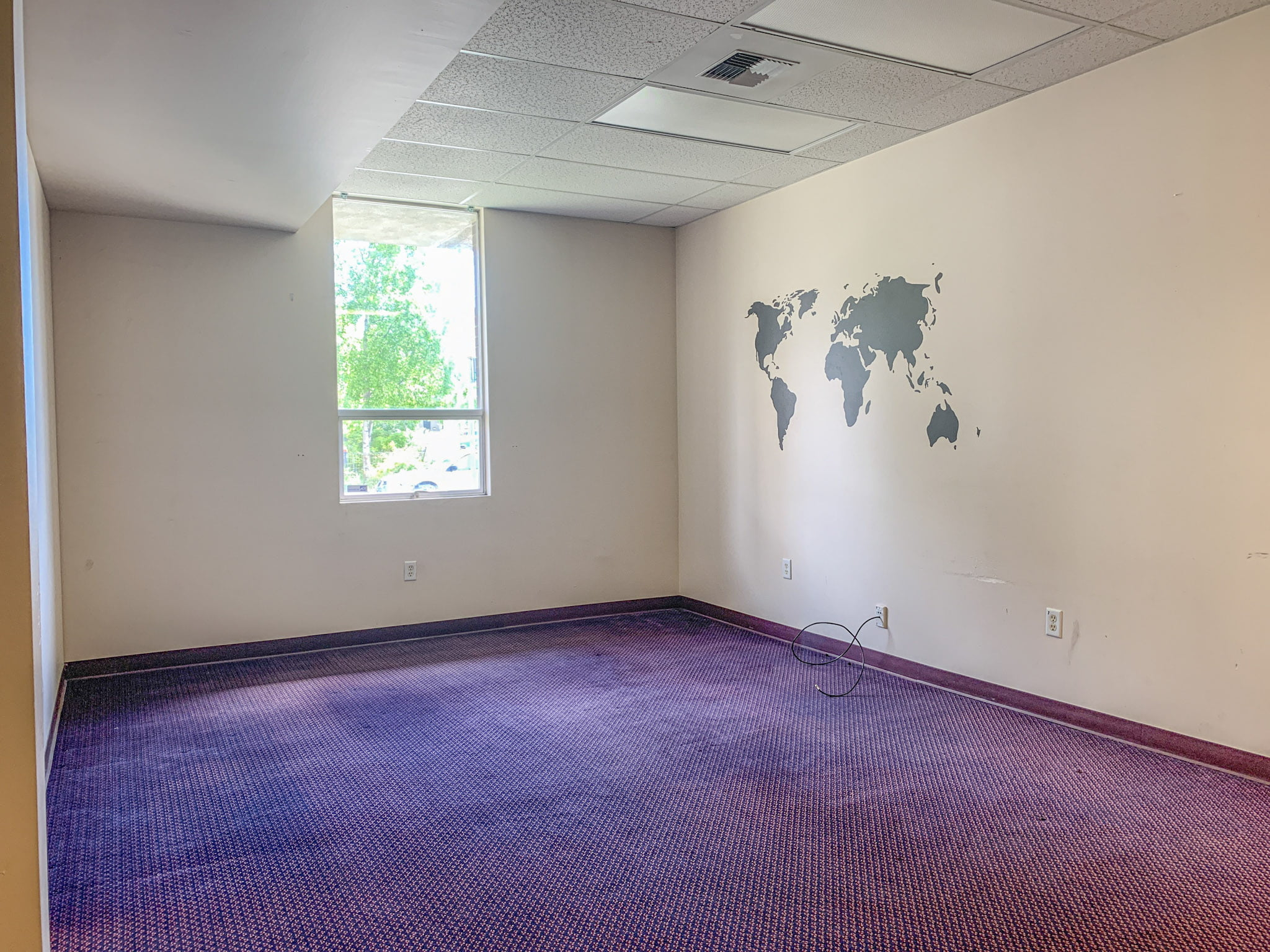 921 W 6th Ave - interior 1